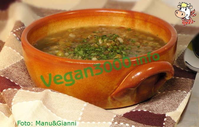 Foto numero 1 della ricetta Zuppa speziata di lenticchie