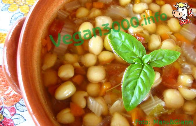 Foto numero 1 della ricetta Zuppa di cicerchie