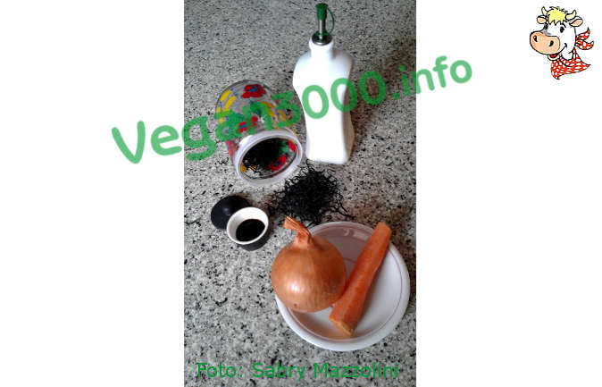 Foto numero 2 della ricetta Hiziki seaweed with vegetables