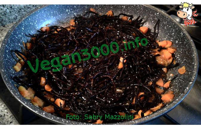 Foto numero 3 della ricetta Hiziki seaweed with vegetables