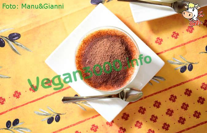 Foto numero 2 della ricetta Tiramisù vegan (5)