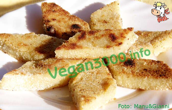 Foto numero 2 della ricetta Frittelle dolci di semolino