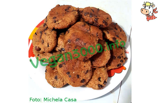 Foto numero 1 della ricetta Weird cookies with chocolate and hazelnuts