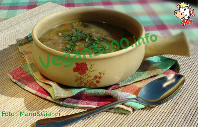 Foto numero 1 della ricetta Soup with Wakame seaweed