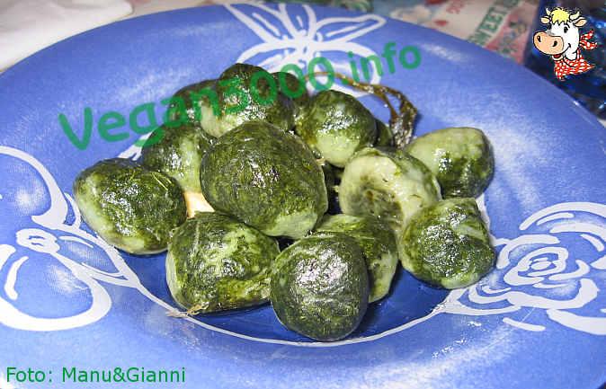 Foto numero 1 della ricetta Gnocchi di tofu e spinaci