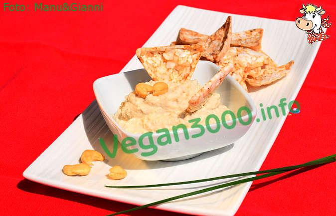 Foto numero 3 della ricetta Crema formaggiosa di anacardi