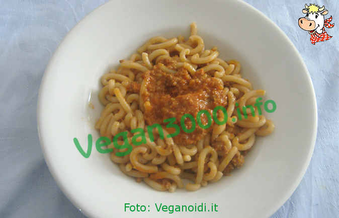 Foto numero 1 della ricetta Spelt pasta with sausages of mopur