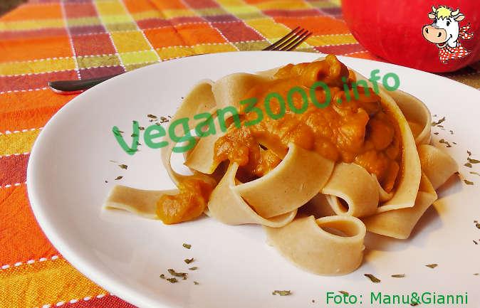 Foto numero 1 della ricetta Pappardelle with spiced pumpkin sauce