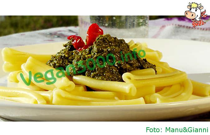 Foto numero 1 della ricetta Pasta with kale pesto