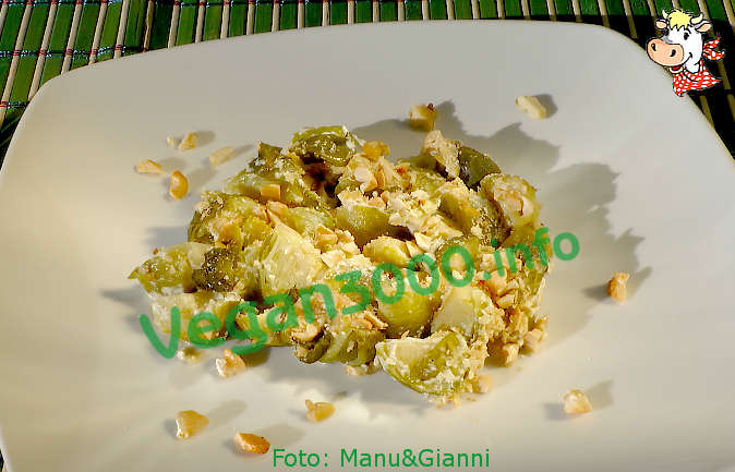 Foto numero 1 della ricetta Gratin of Brussels sprouts with cashews and peanut