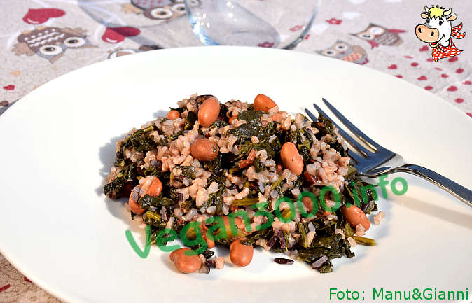 Foto numero 1 della ricetta Trio of wholegrain rice with beans and kale