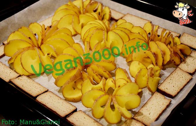 Foto numero 1 della ricetta Spiral baked potatoes
