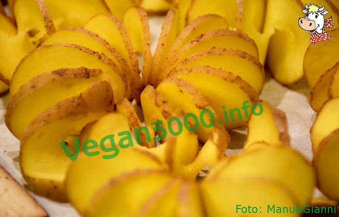 Foto numero 2 della ricetta Spiral baked potatoes