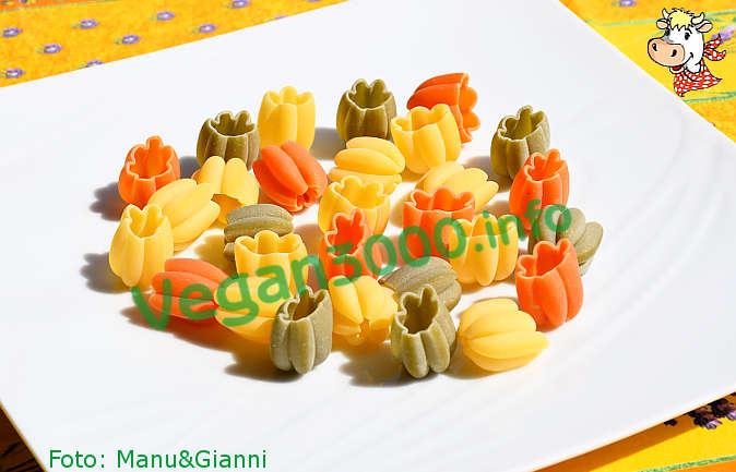 Foto numero 4 della ricetta Tulipani tricolori mediterranei