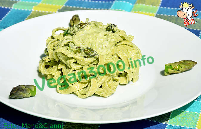 Foto numero 1 della ricetta Tagliatelle with asparagus sauce