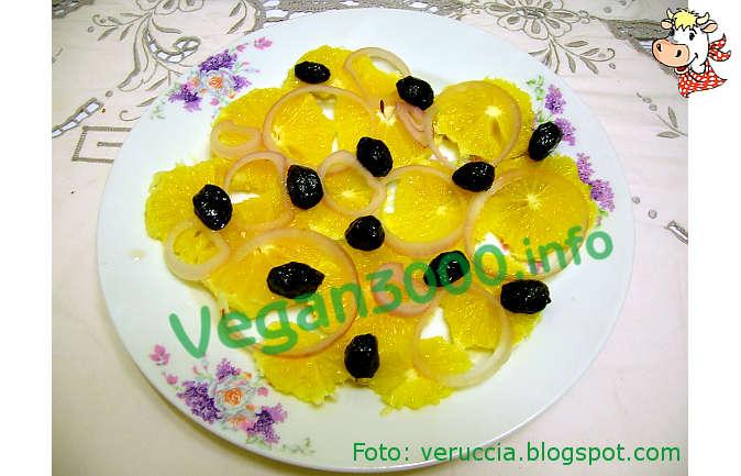 Foto numero 1 della ricetta Insalata 'araba' di arance
