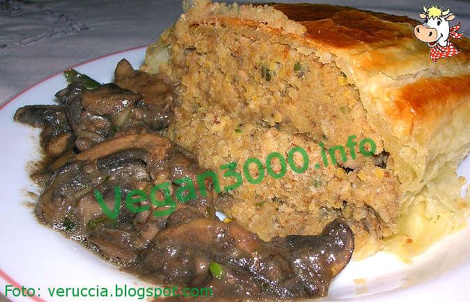 Foto numero 1 della ricetta Chickpea crusted meatloaf with mushroom sauce