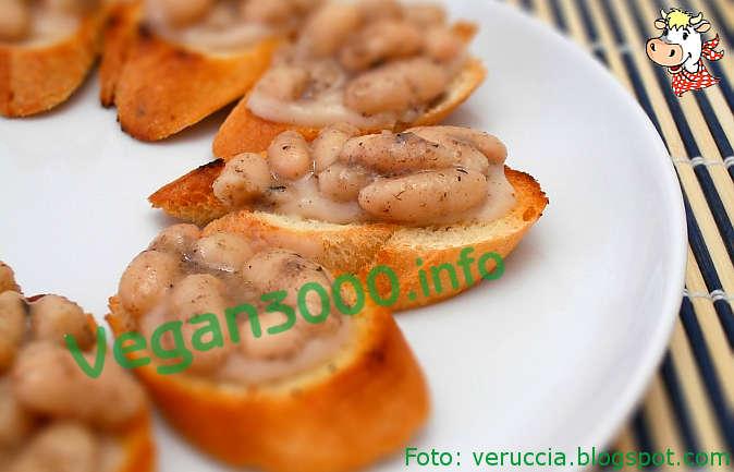 Foto numero 1 della ricetta Crostini con cannellini ai funghi