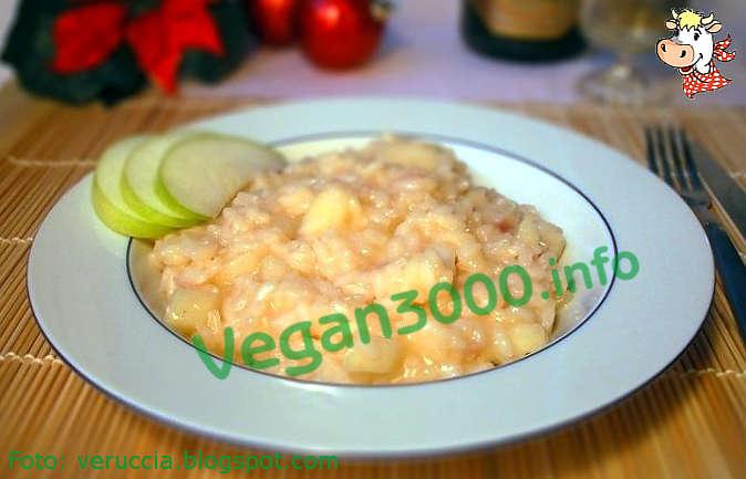 Foto numero 1 della ricetta Risotto in sparkling wine with green apples