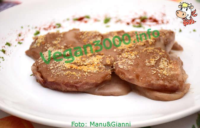 Foto numero 1 della ricetta Gratin of turnips with chestnut béchamel sauce