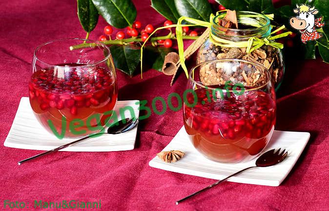Foto numero 4 della ricetta Kanten di melagrana (budino di melagrana)