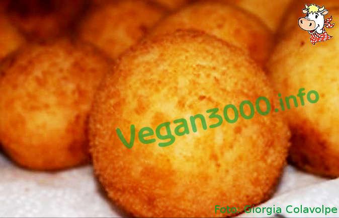 Foto numero 1 della ricetta Arancini di riso vegani