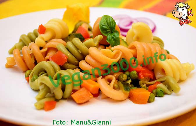 Foto numero 1 della ricetta Insalata di pasta con le verdure