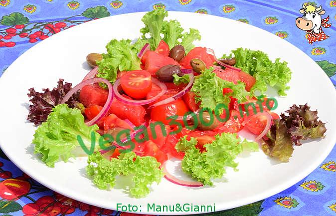 Foto numero 2 della ricetta Insalata estiva con anguria