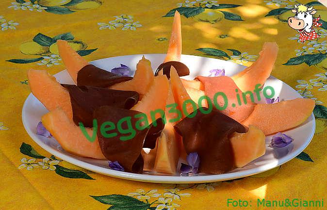 Foto numero 2 della ricetta Melone con affettato vegano