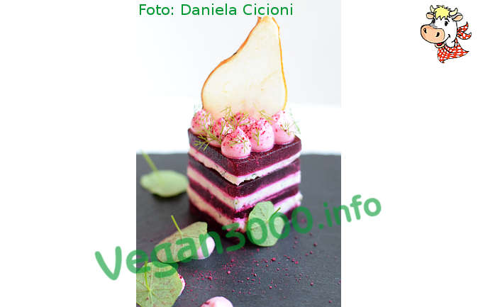 Foto numero 2 della ricetta Tower of beet and Cicioni with mayonnaise