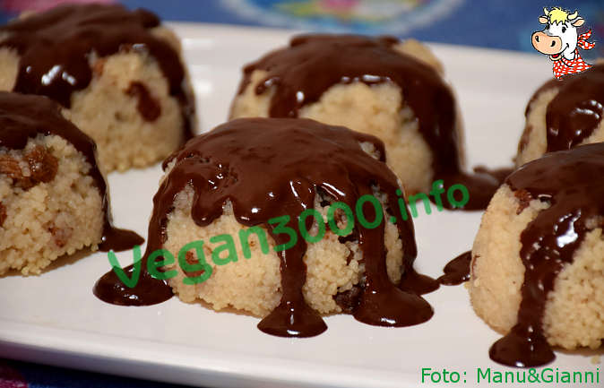 Foto numero 1 della ricetta Sunflowers of couscous with chocolate cream