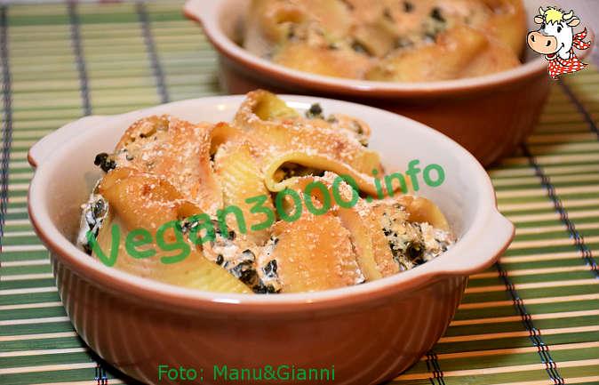 Foto numero 1 della ricetta Conchiglioni gratinati al forno
