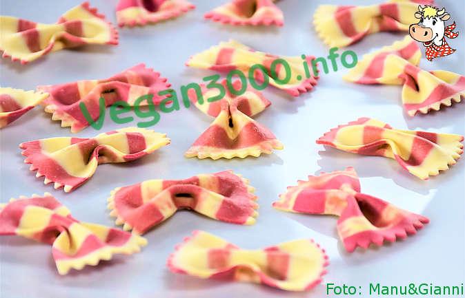 Foto numero 4 della ricetta Pasta fredda alle erbe aromatiche coi pomodorini