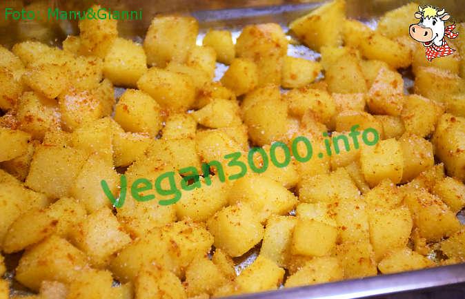 Foto numero 1 della ricetta Dadolata di patate speziate al curry
