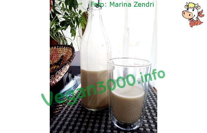 Foto numero 1 della ricetta Latte di noci e anacardi