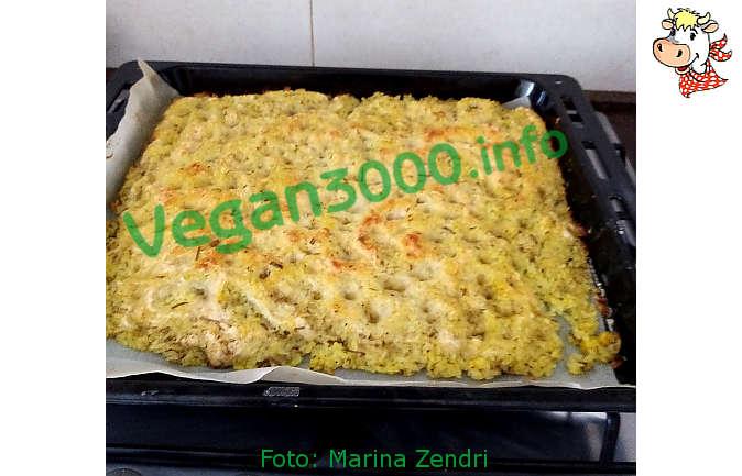 Foto numero 2 della ricetta Schiacciata with sourdough