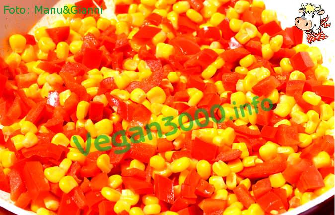 Foto numero 1 della ricetta Mais saltato in padella con peperoni