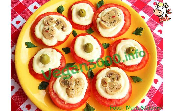 Foto numero 2 della ricetta Pomodori sfiziosi