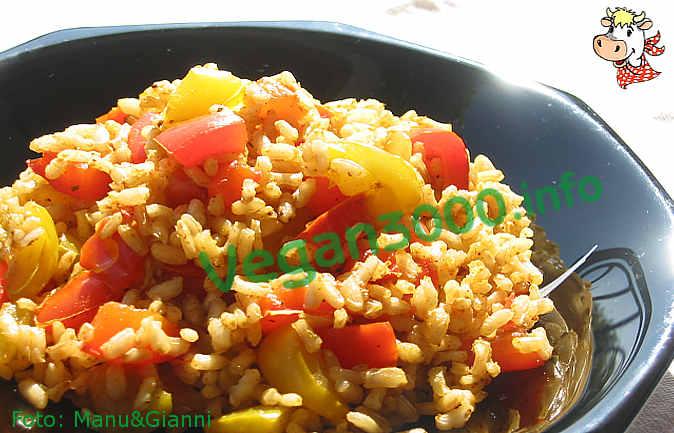 Foto numero 1 della ricetta Riso integrale al curry con peperoni