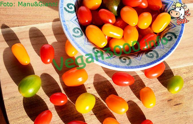 Foto numero 1 della ricetta Spiedini di olive, pomodorini e cipolline