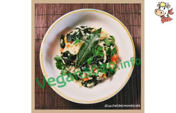 Foto numero 1 della ricetta Risotto with white wine and black cabbage