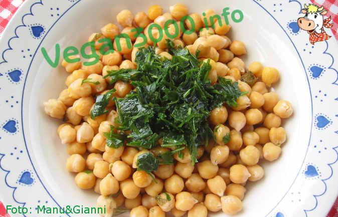 Foto numero 1 della ricetta Ceci al prezzemolo ed erba cipollina