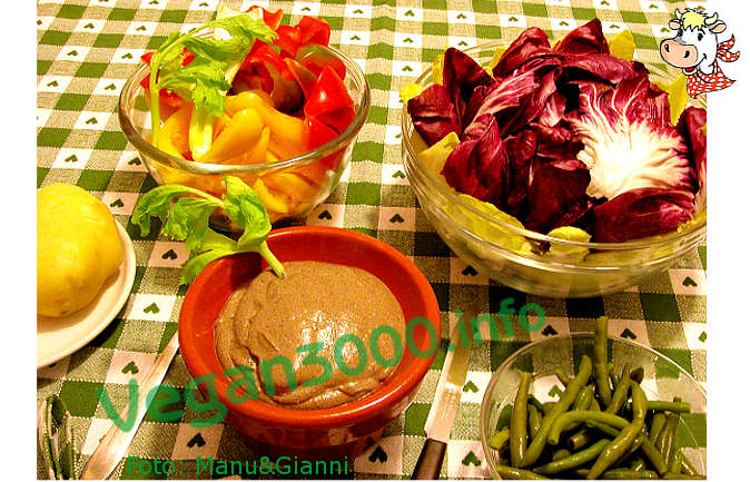 Foto numero 1 della ricetta Pâté di ceci ed olive nere