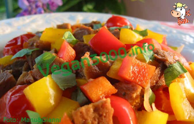 Foto numero 1 della ricetta Seitan ai peperoni