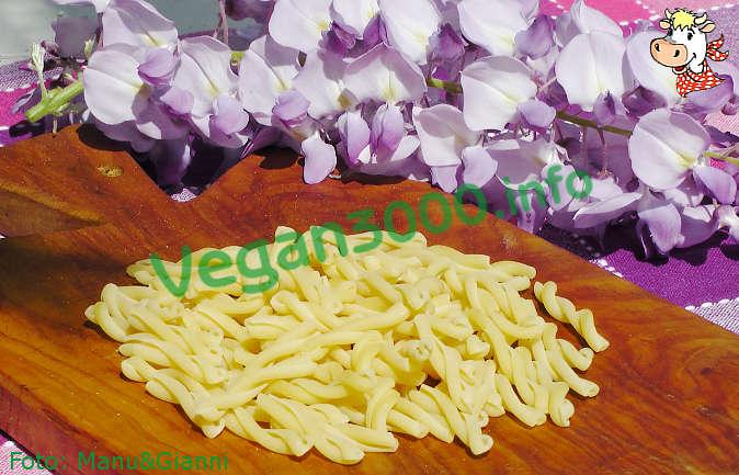Foto numero 1 della ricetta Pasta ai funghi al crudo