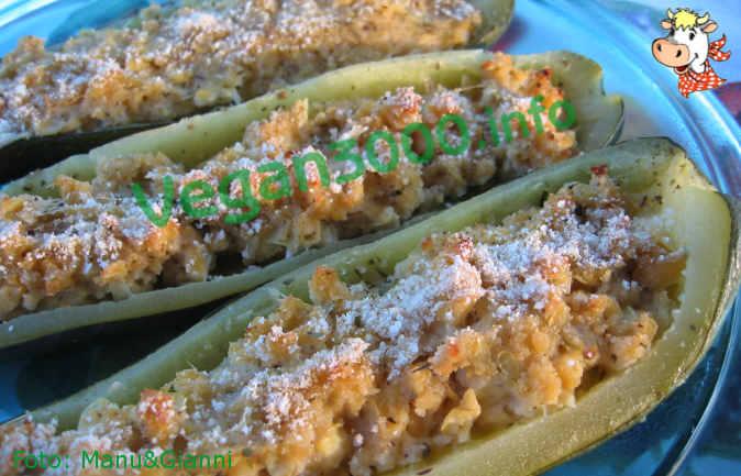 Foto numero 1 della ricetta Stuffed zucchini with herbs