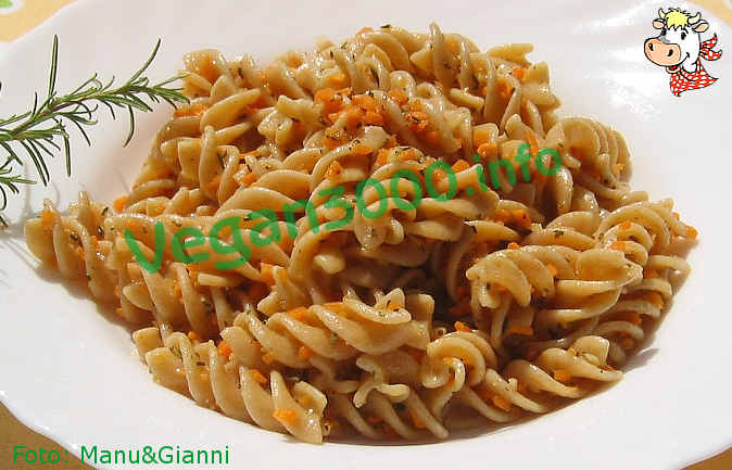 Foto numero 1 della ricetta Carrot and rosemary pesto